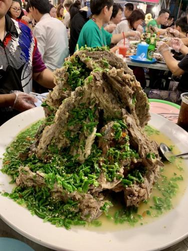 Rot Fai Market Ratchada - LAENG-SAEB